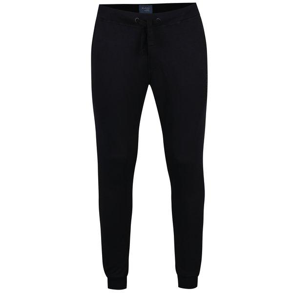 Pantaloni sport negri cu buzunare si talie elastica - Blend