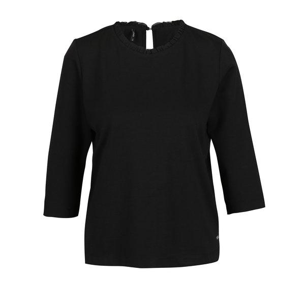 Bluza neagra cu maneci 3/4 si volan la guler ONLY Victoria