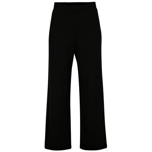 Pantaloni negri evazati cu talie inalta - Miss Selfridge