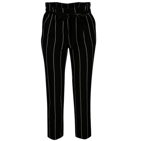 Pantaloni negri cu dungi si talie inalta - Miss Selfridge