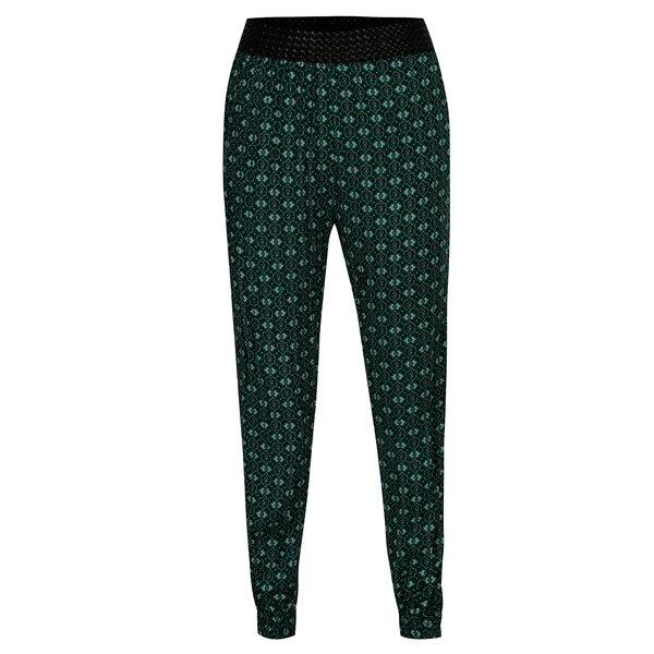Pantaloni verzi cu print oriental - Madonna
