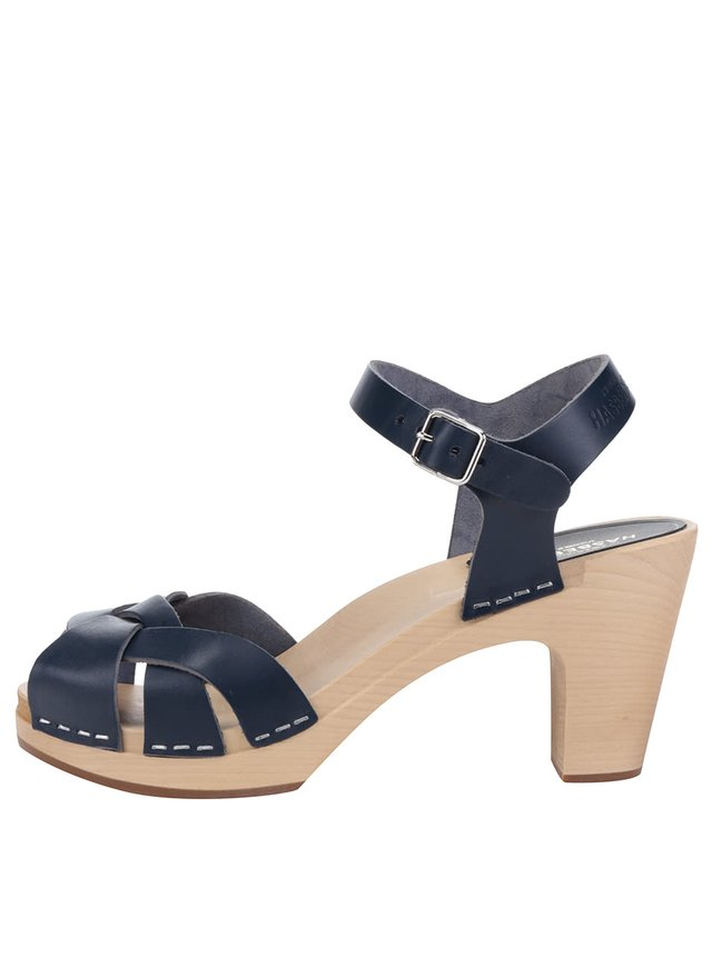 ca11caeaf779 Modré kožené sandále s bielou podrážkou Tamaris