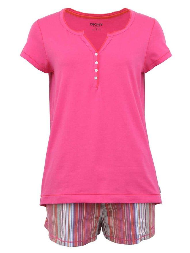 Pijamale roz cu sort in dungi de la DKNY