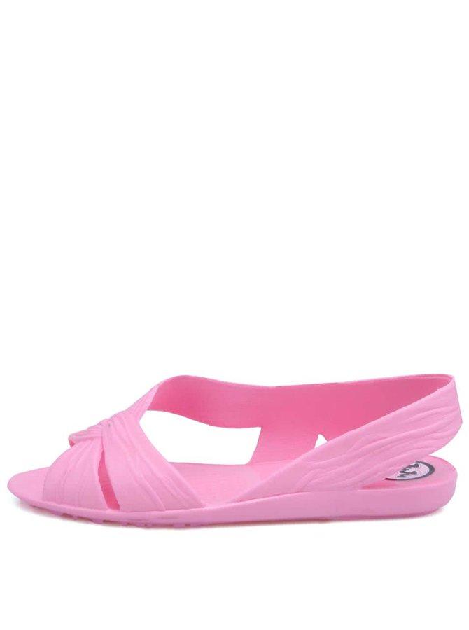 Sandale Fergie din plastic roz de la JuJu