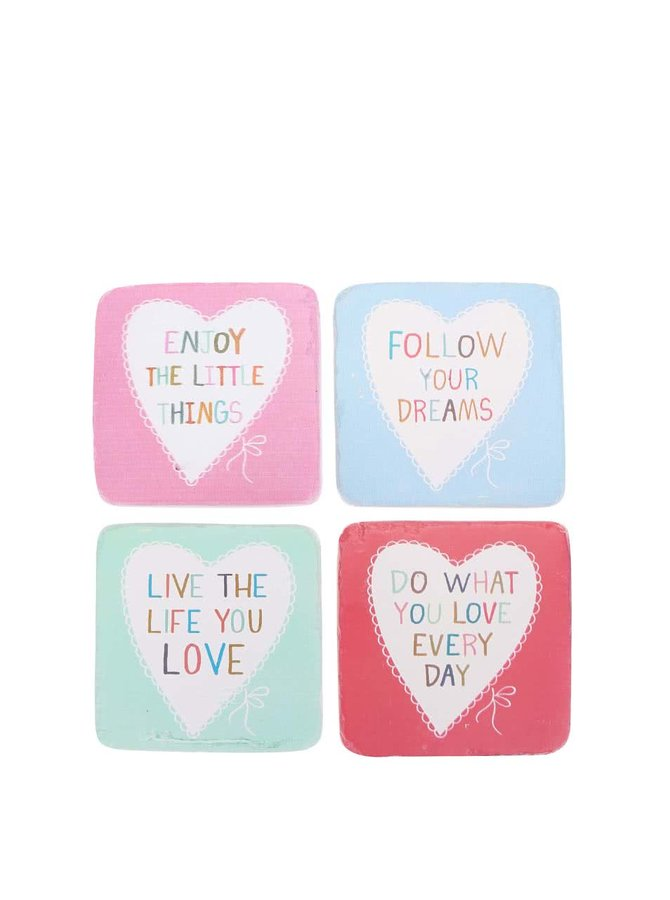 Sada štyroch keramických podtáckov Sass & Belle Love