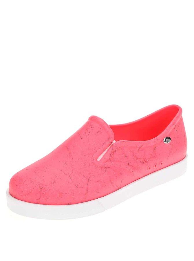 Pantofi slip on din plastic Mel Kick - roz
