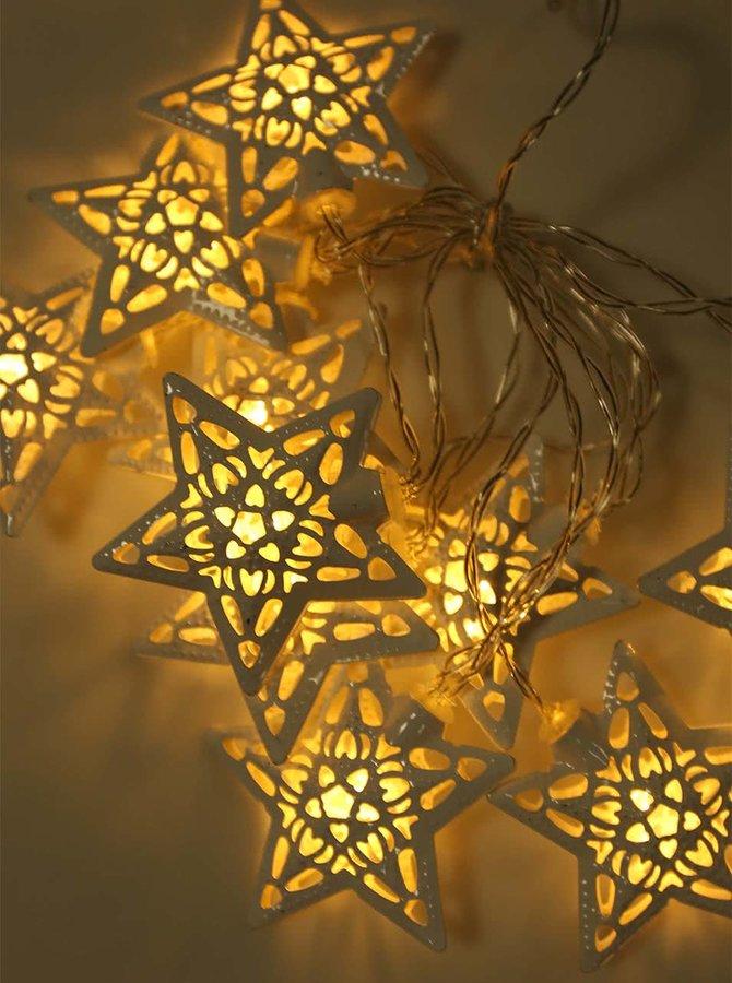 Biela svetelná reťaz s hviezdami Sass & Belle