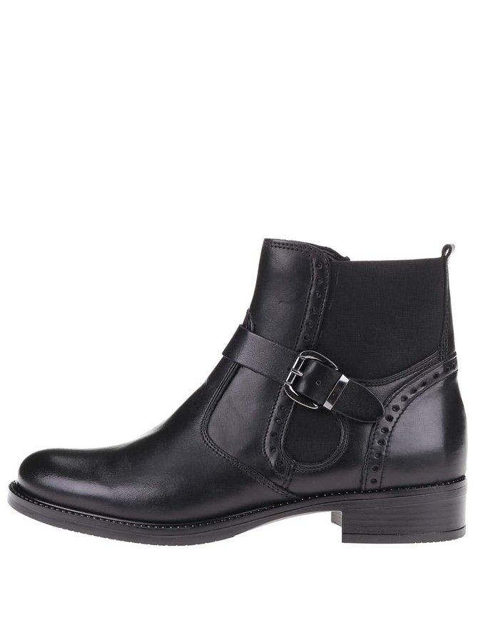 Černé kožené kotníkové boty s brogue detaily Tamaris