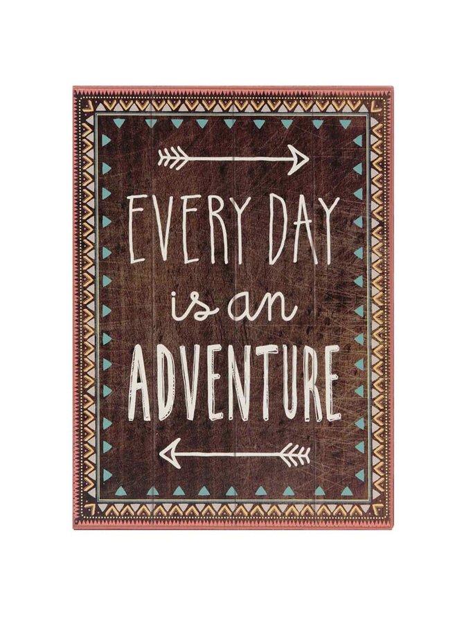 Hnědý dřevěný obrázek Sass & Belle Everyday Is An Adventure