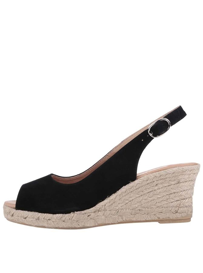 Čierne sandálky na platforme Tamaris
