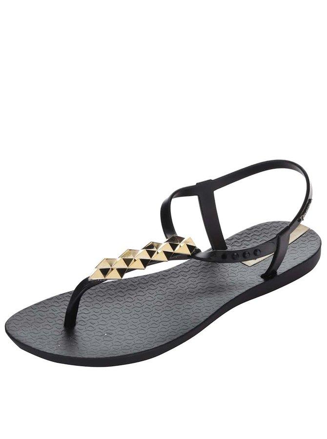Černé sandály se zdobením ve zlaté barvě Ipanema Charm