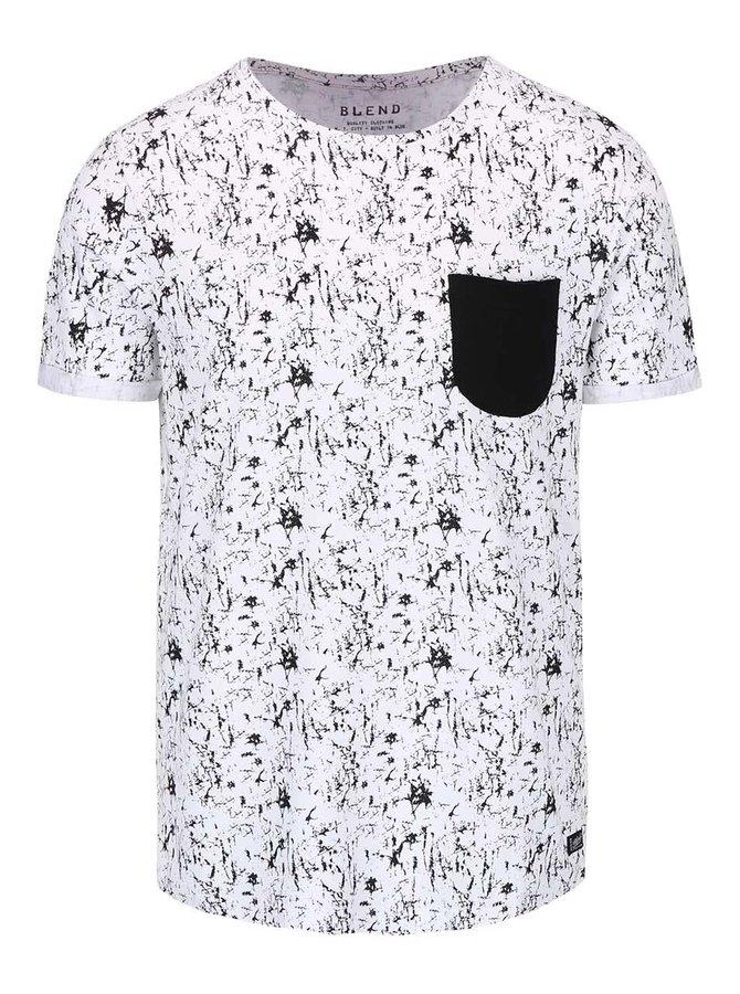 Biele vzorované tričko s čiernym vreckom Blend