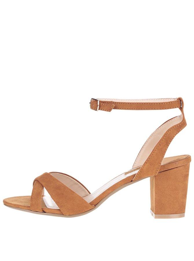 Hnedé sandále s remienkom okolo priehlavka Dorothy Perkins