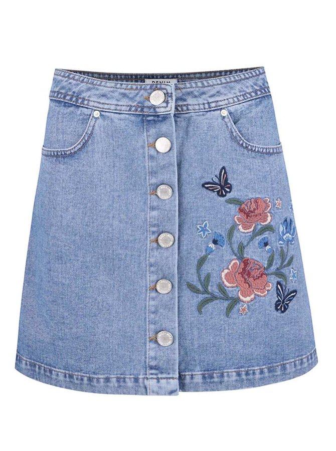 Svetlomodrá rifľová zapínacia sukňa s výšivkou kvetín Miss Selfridge