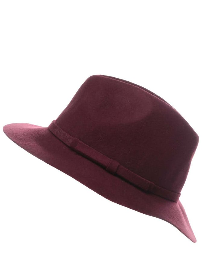 Vínový klobúk TALLY WEiJL