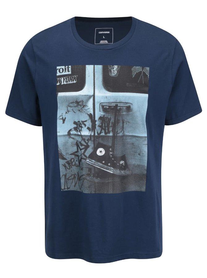 Tmavě modré pánské triko s potiskem Converse Hanging Chucks