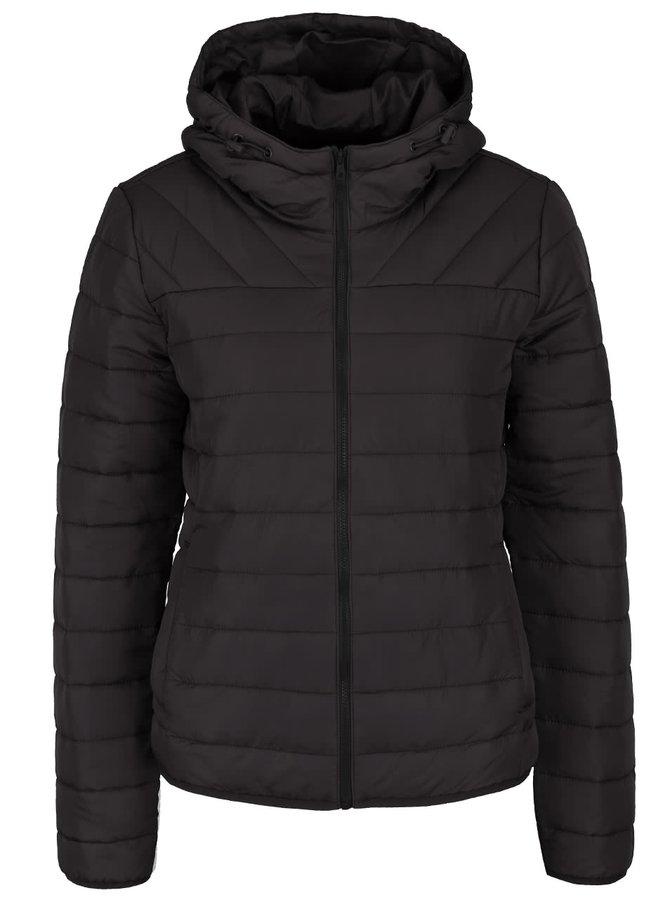 Čierna prešívaná bunda s kapucňou ONLY Marit