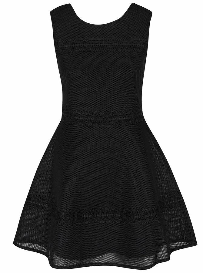 Černé šaty bez rukávů Miss Selfridge