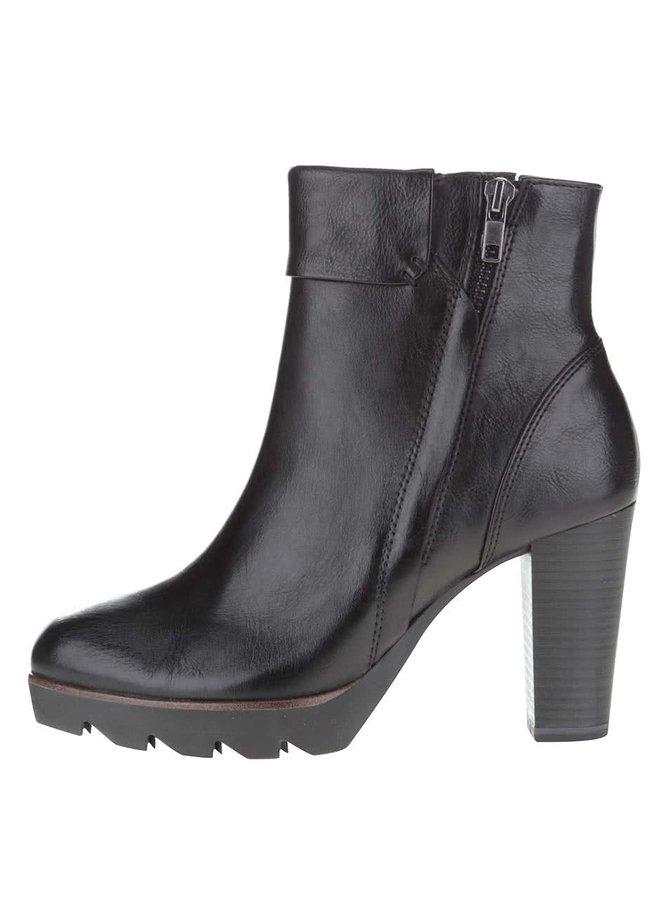 Černé kotníkové boty na podpatku Tamaris