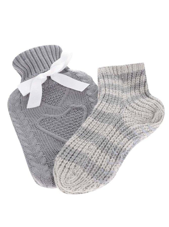 Súprava sivej hrejivej fľaše na vodu a pletených ponožiek Something Special