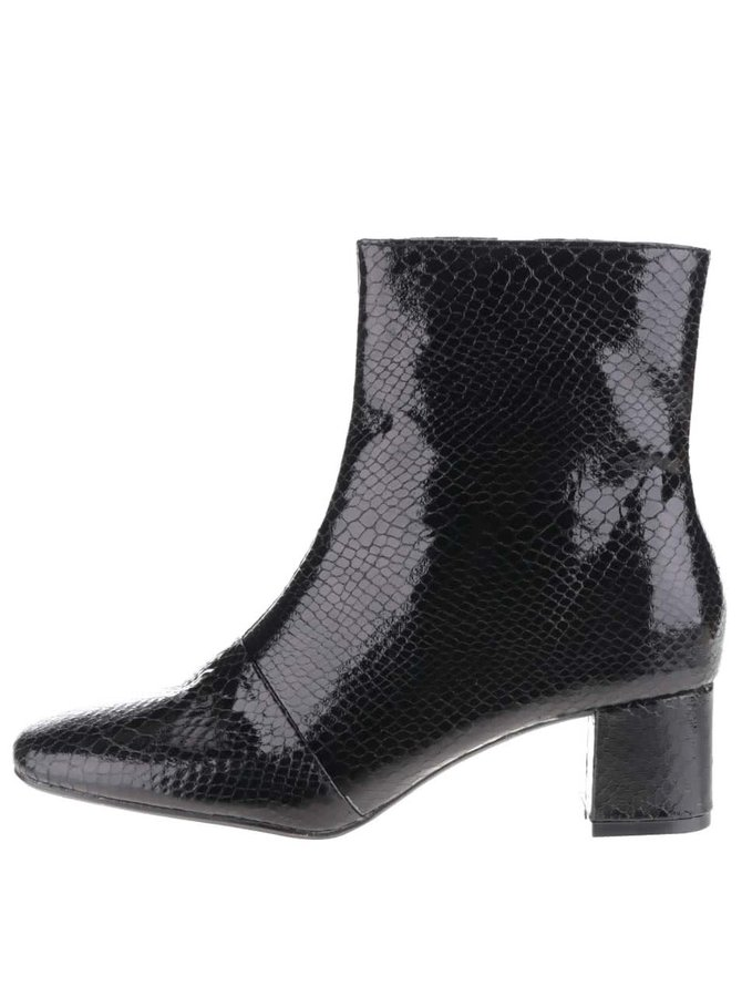 Černé kotníkové boty na podpatku Pieces Danny