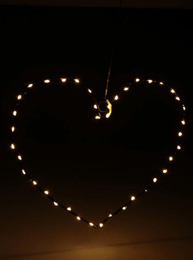 Instalație luminoasă Sirius în formă de inimă