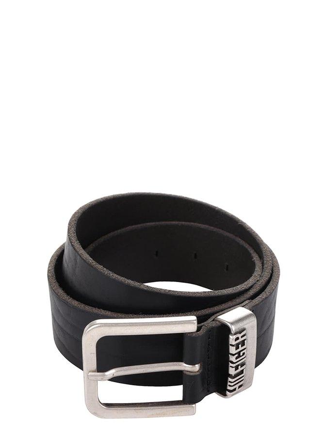 Černý pánský kožený pásek s kovovou sponou Tommy Hilfiger