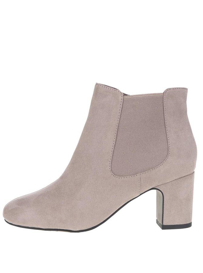 Béžové kotníkové boty v semišové úpravě Tamaris