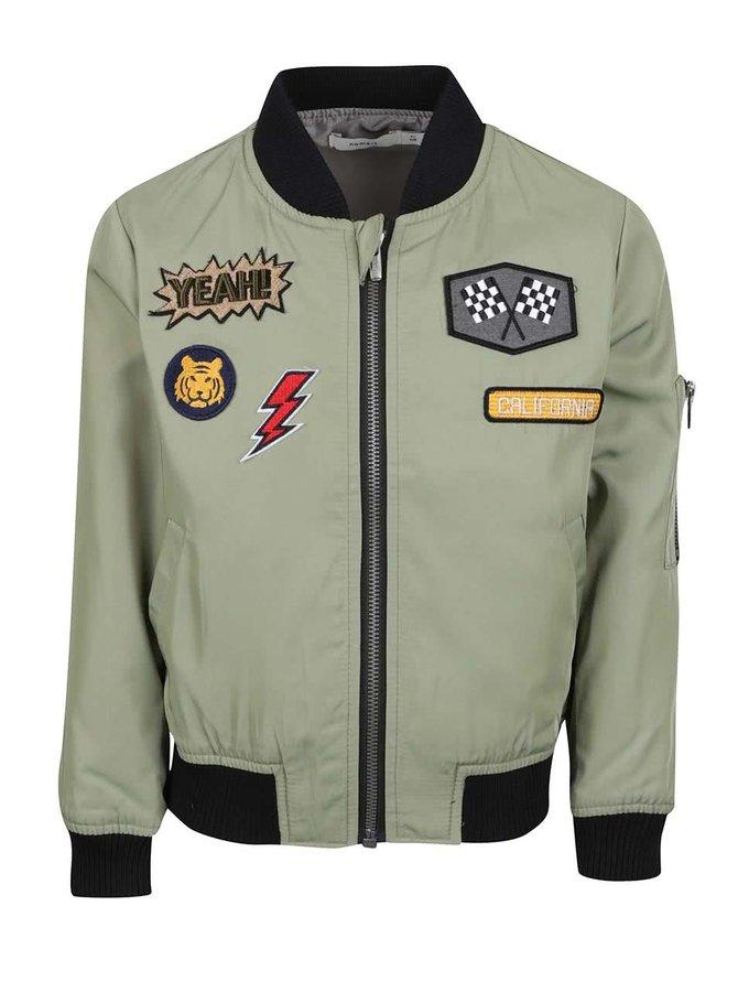 Jachetă bomber verde deschis name it Marten cu aplicații și detalii negre