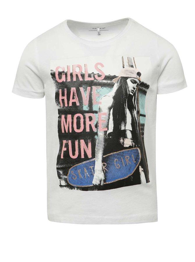 Tricou alb cu imprimeu name it Jip pentru băieți