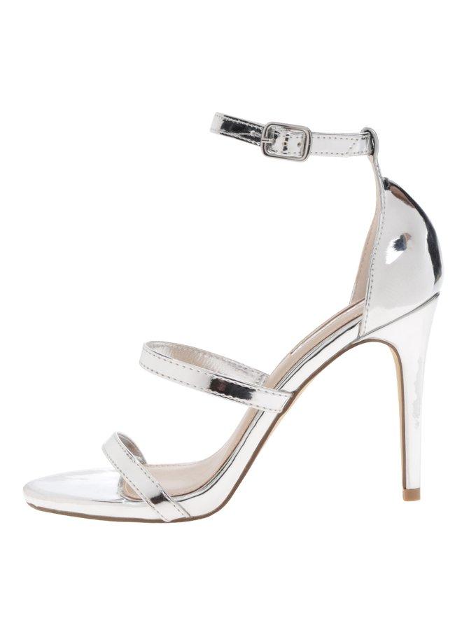 Sandale argintii Miss Selfringe cu baretă încrucișată pe gleznă