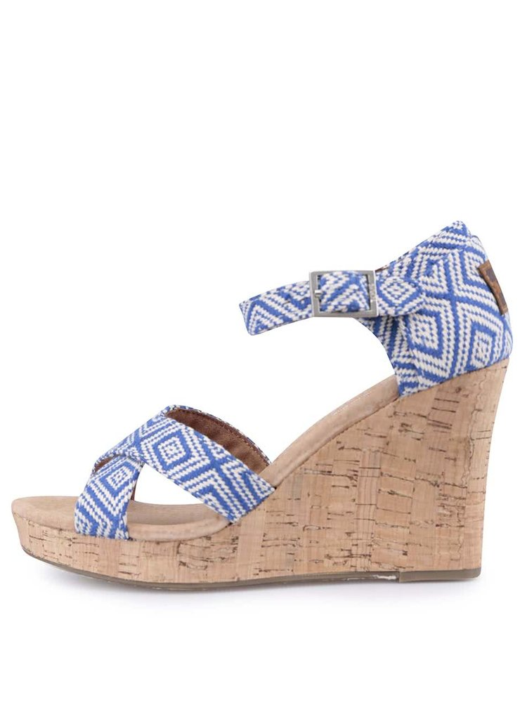 Modré sandále na platforme TOMS
