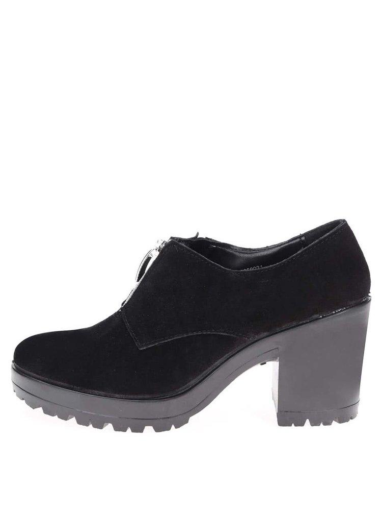 Čierne kožené topánky na opätku Pieces Udele