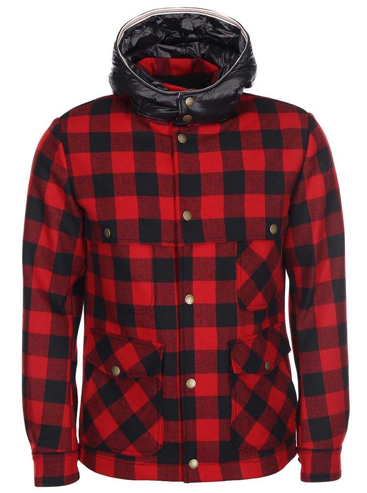 Jachetă din flanelă Chuck de la Jack & Jones - roșu și negru