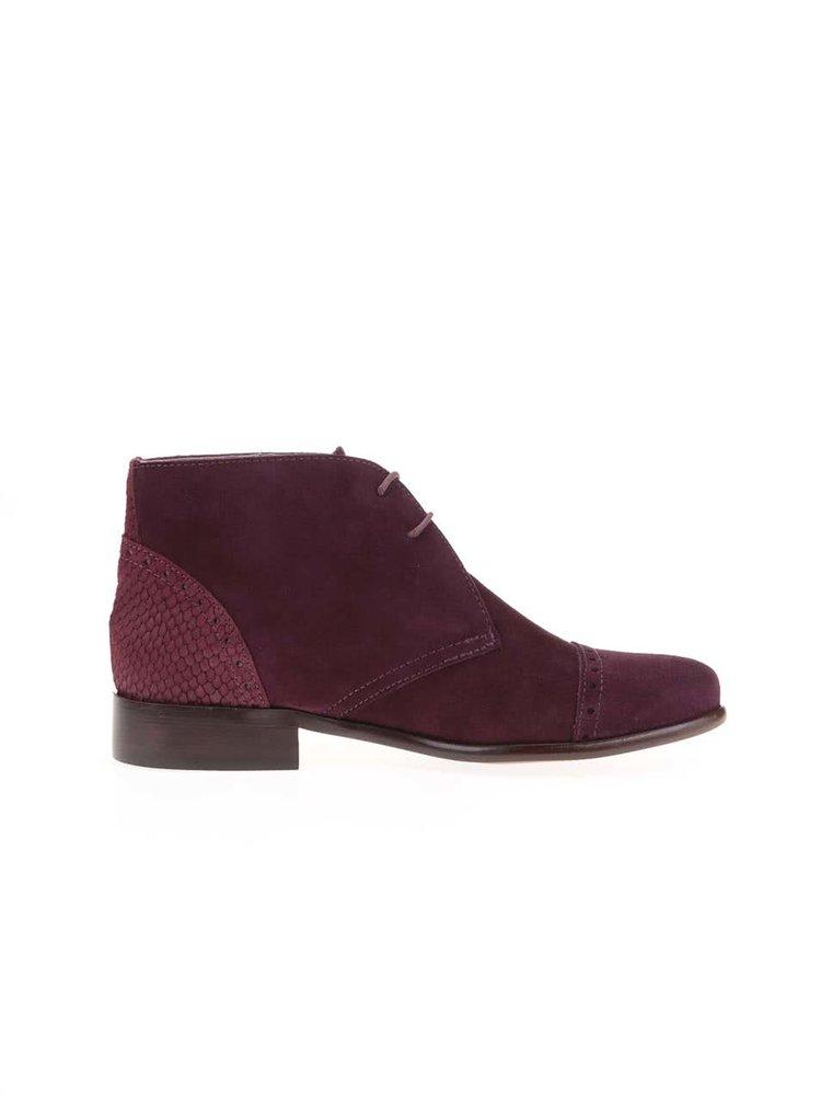 7a84b45293 ... Vínové kožené členkové topánky s výraznými detailmi OJJU