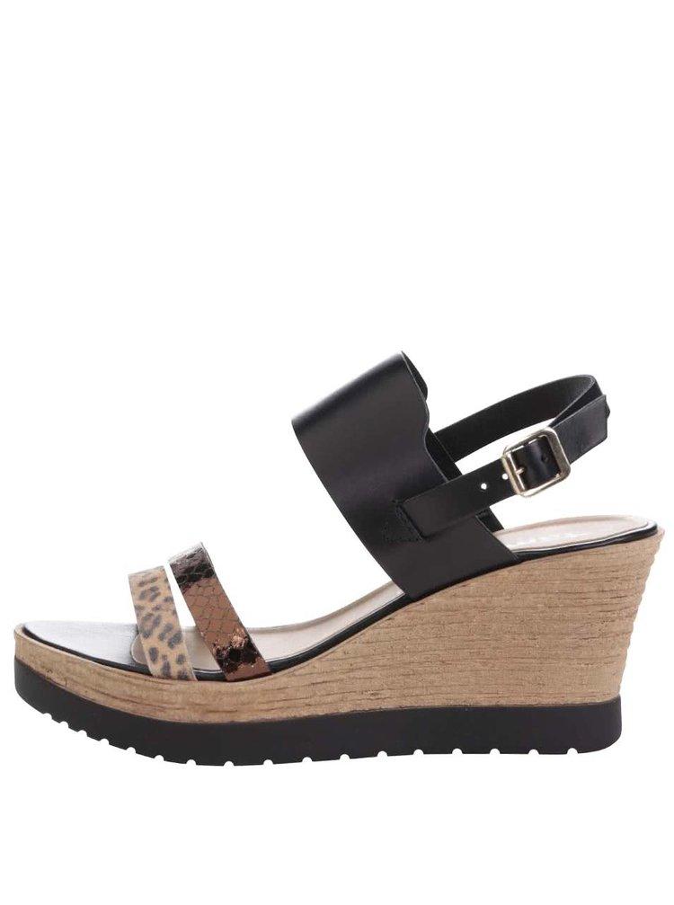 Hnědo-černé kožené sandály na klínku Tamaris
