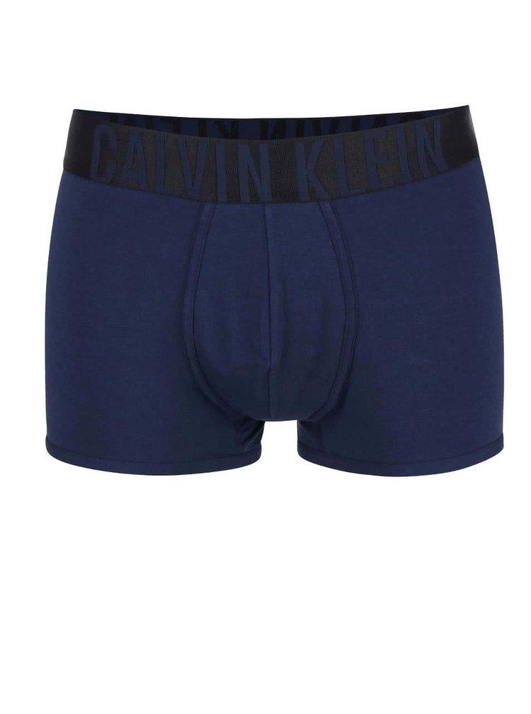 Tmavě modré kratší boxerky s širokým pasem Calvin Klein