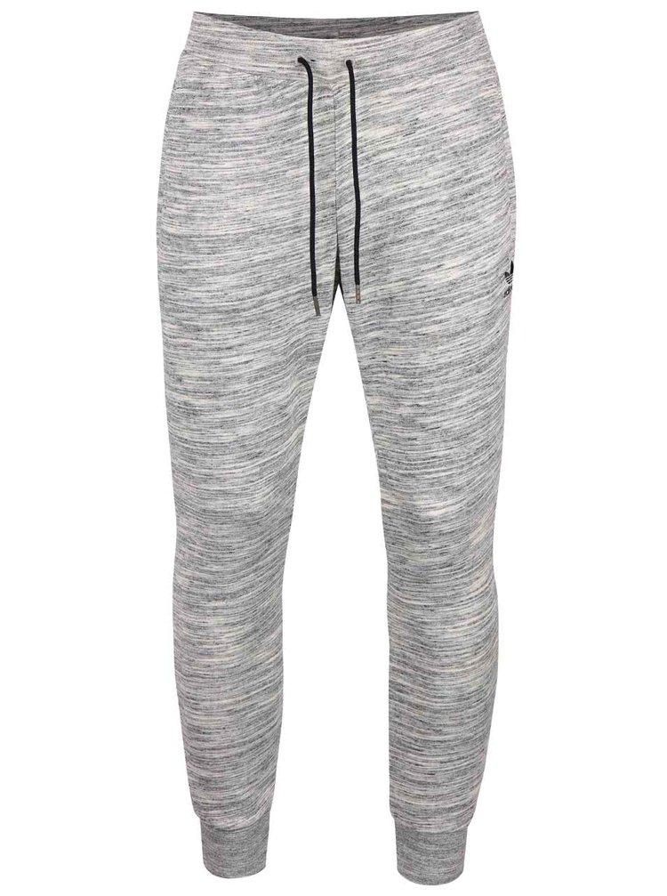 ... Sivé melírované pánske tepláky adidas Originals PT 176a71bcd2e