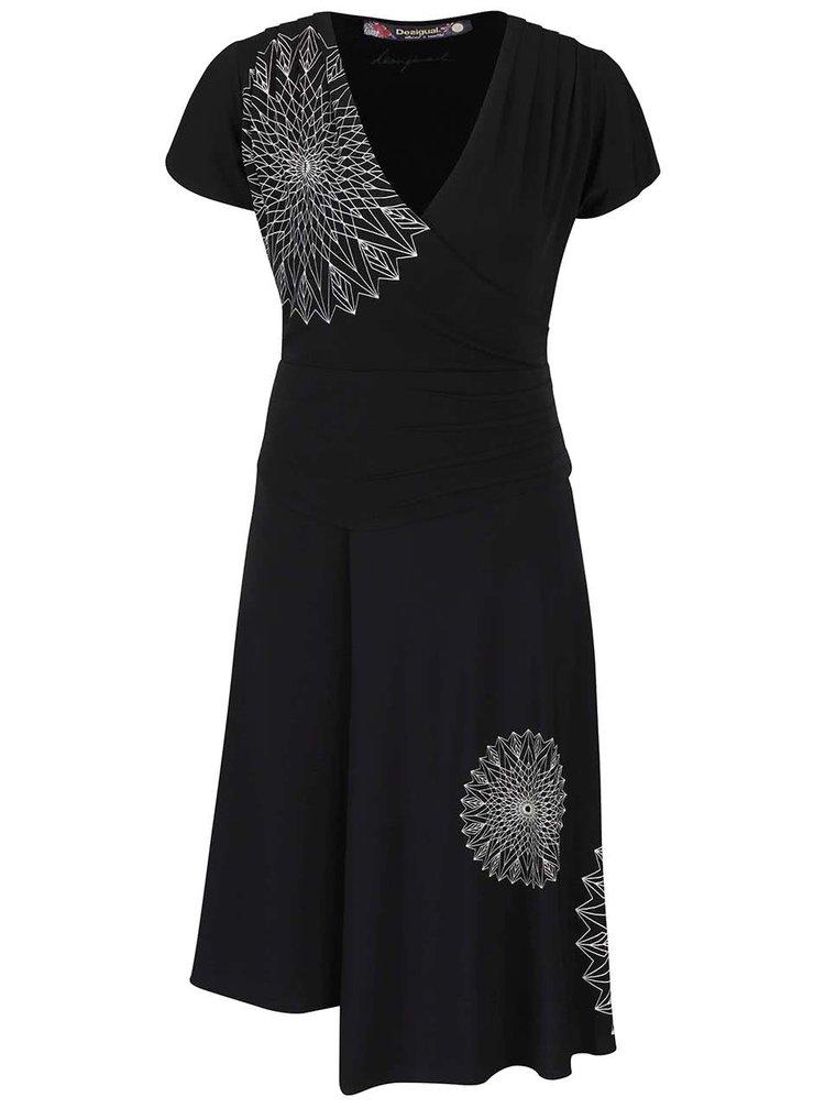 Čierne šaty s prekladaným výstrihom Desigual Luisa
