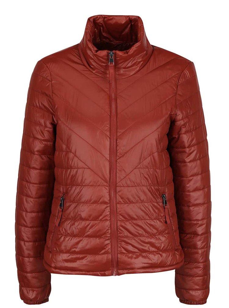 Jachetă vișinie VERO MODA Fine matlasată