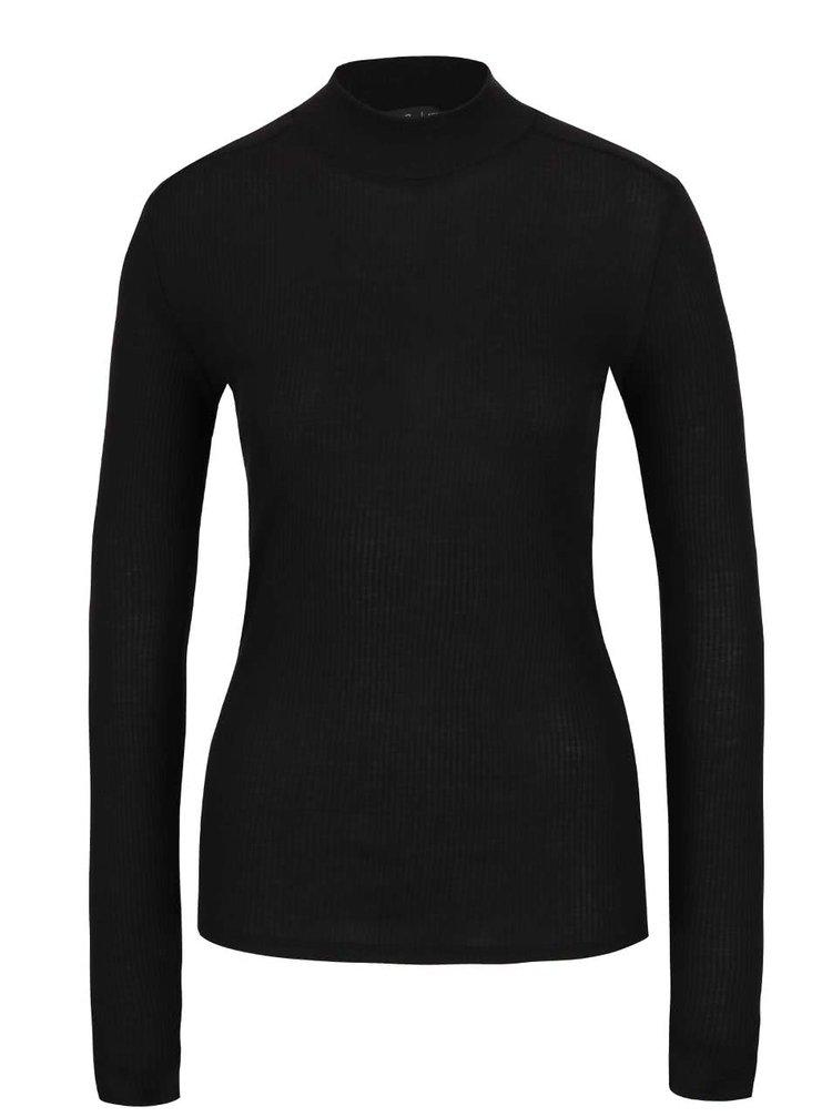Bluză neagră din jerseu gsus cu guler la baza gâtului