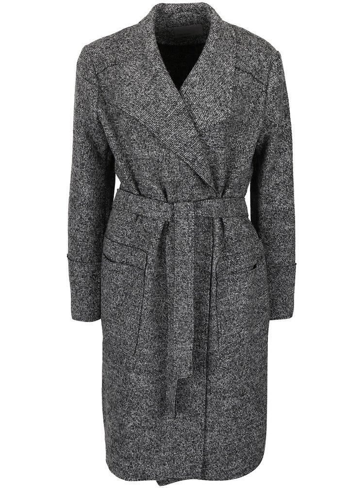 Šedý žíhaný lehký žebrovaný kabát VERO MODA Sabrina
