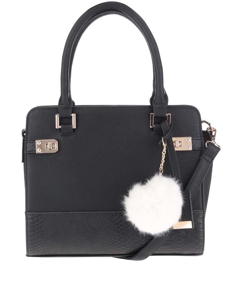 Černá kabelka s přívěškem Miss Selfridge