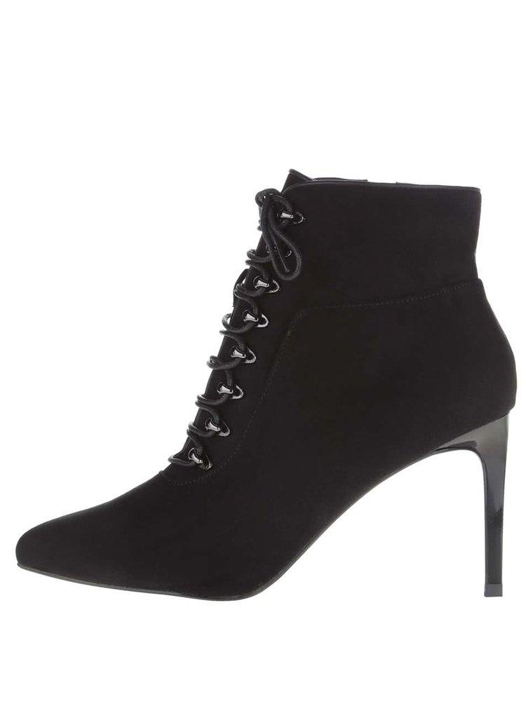 Čierne členkové topánky na ihlovom podpätku Miss Selfridge