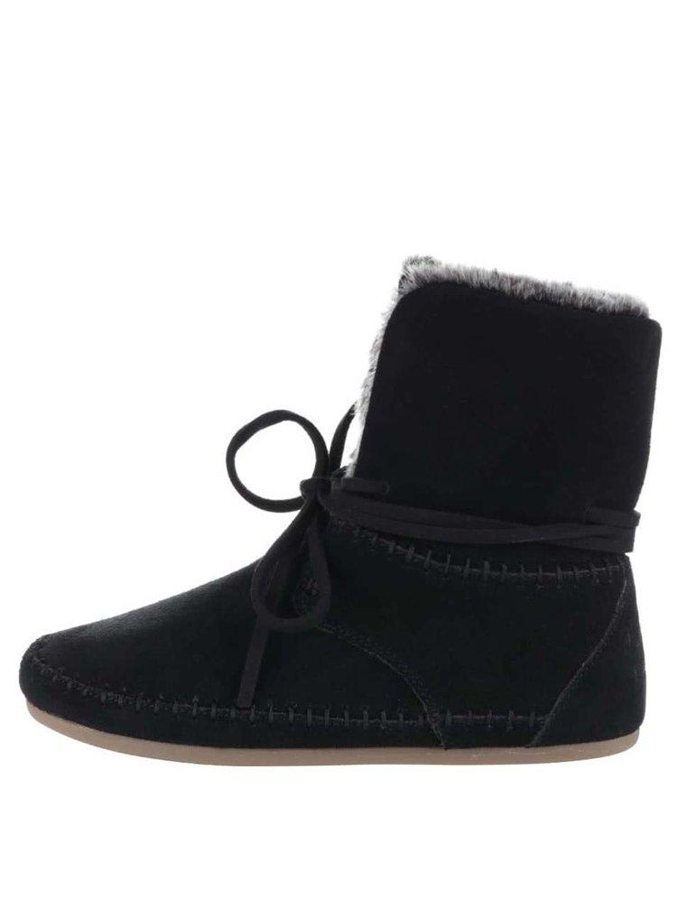 Černé dámské semišové kotníkové boty s umělým kožíškem Toms