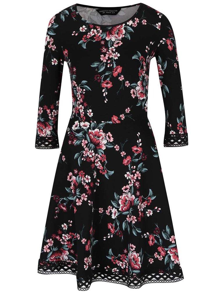 Černé šaty s květinovým potiskem a 3/4 rukávem Dorothy Perkins