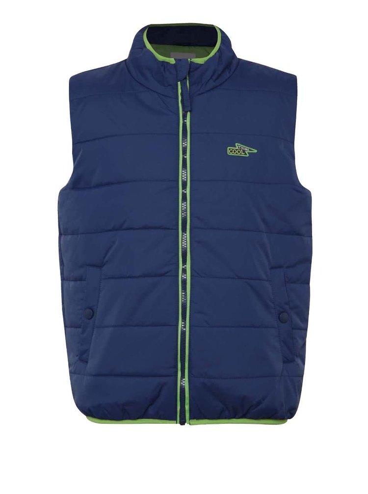 Modrá klučičí prošívaná vesta se zeleným zipem 5.10.15.