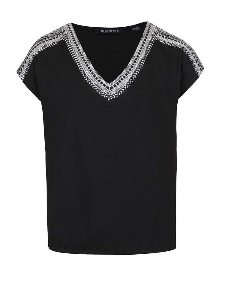Tricou negru cu broderie Blue Seven pentru fete