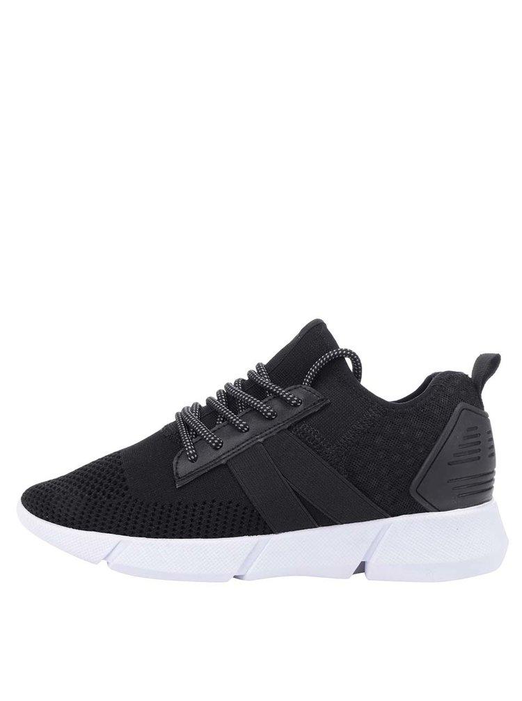 Pantofi sport negri Tamaris cu model cu perforatii