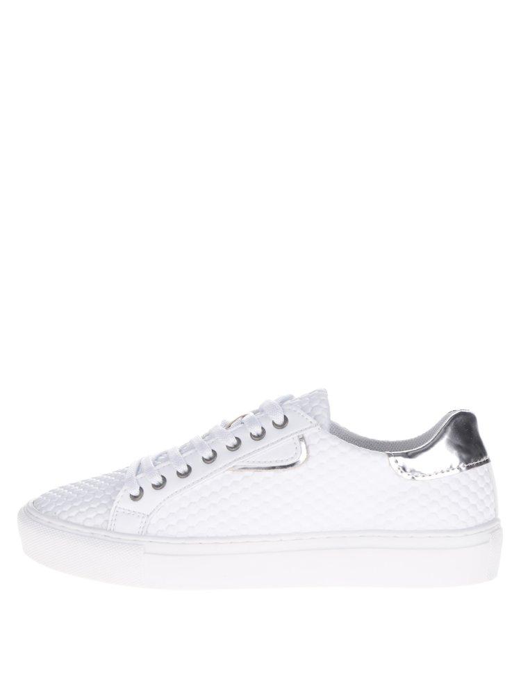 Pantofi sport albi cu model în relief Tamaris